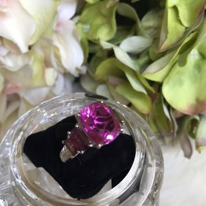Jewelry - Hot Pink Ring
